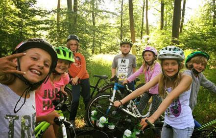 cykler-i-skoven.jpg